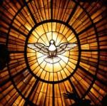 Witraż przedstawiający Ducha Świętego, Bazylika św. Piotra w Rzymie